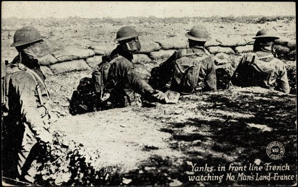 https://commons.wikimedia.org/wiki/File:1919postcard-Yanksintrench.jpg